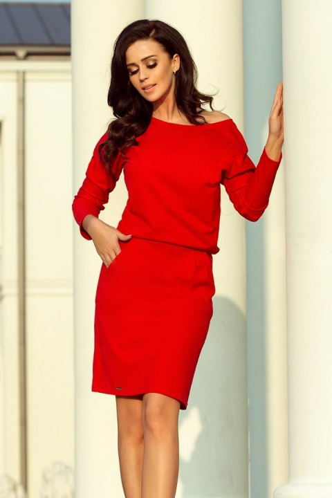 189-4 Sports dress with neckline at the back - red